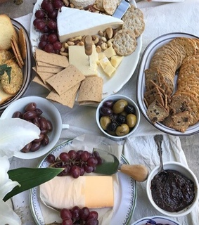 cheese plate, fruit and crackers