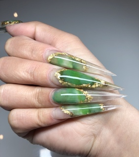 green and gold nails, stiletto and nails