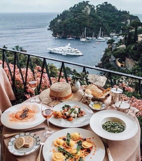 beautiful places, travel and food