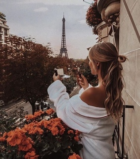france, torre eiffel and girl