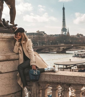 girl, pars and torre eiffel