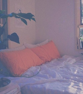 aesthetic, bed and cozy