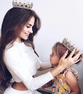 family goals, daughter and crown