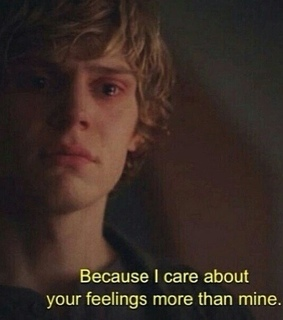 evan, evan peters and american horror story