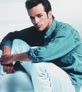 luke perry, actor and beverly hills