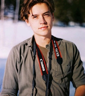 guys, riverdale and cole sprouse