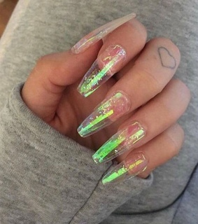 holographic nails, coffin nails and chrome nails