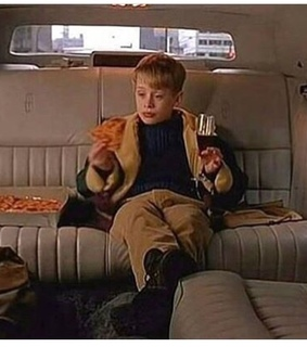 pizza, kevin homealone and vintage