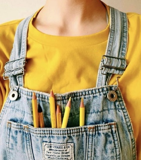 collarbones, avery addison aesthetic and yellow pencil