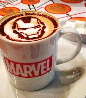 lifestyle, rdj and coffee cups
