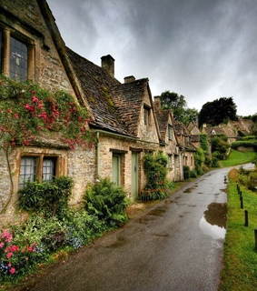 travel, cottages and houses