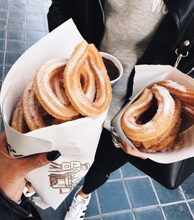 travel, friends and churros