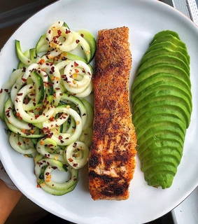 zucchini, zoodles and healthy