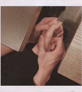 hands, love goals and aesthetic imagines