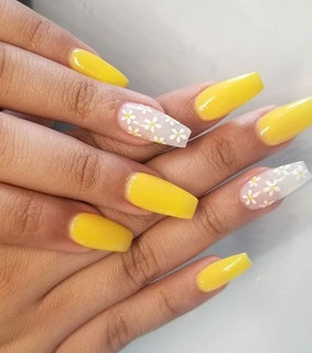 trend, nails and yellow acrylics