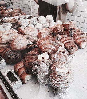 tumblr, indie and croissants