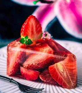 jelly, fruit and strawberry
