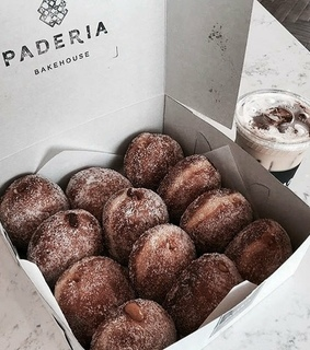 dark vogue, donuts and food