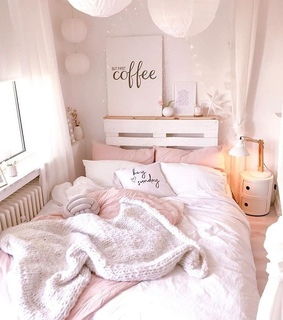 bedroom, quarto and home