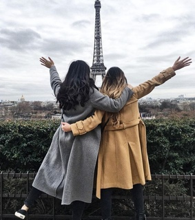 matching outfit, paris and best friends