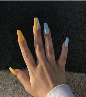 favorite nails, spring colors and lets travel