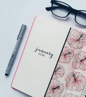 bujo, monthly and month log