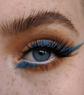 eyeliner, blue eyeliner and eye