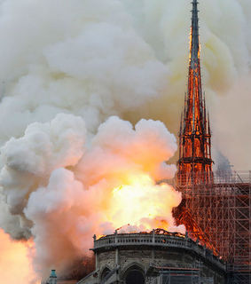 catstrofe, arde and notre dame