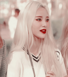jinsoul, jung jinsoul and loona