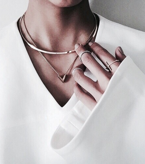 necklace, accessory and arrow