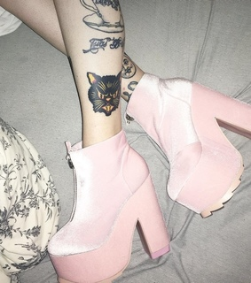pastel, pink and alternative