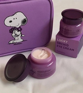 chic, makeup and cream