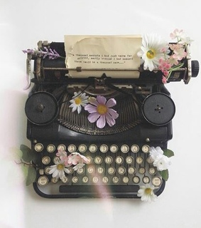 paper, pretty and typewriter