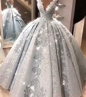 vintage prom dresses, ball gown prom dresses and plus size prom dresses