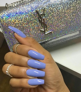 Yves Saint Laurent, fashion and nails