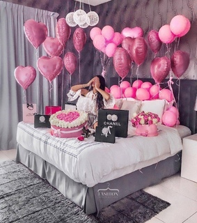 fashion, flowers and balloons