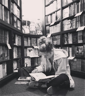 bookshop, brie larson and library