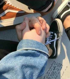 relation ship, vans and couplegoal