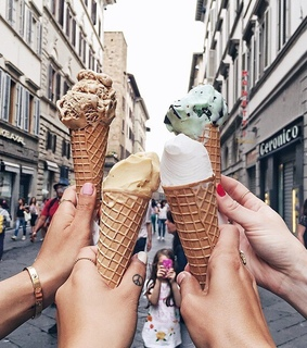 friends, inspiration and ice creams