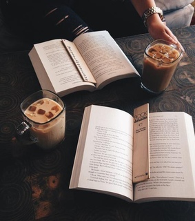 books, aesthetics and iced coffee