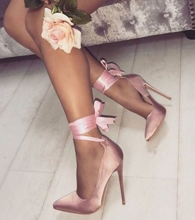 bow, high heels and light pink