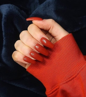 girls inspiration, red nails and claws goals