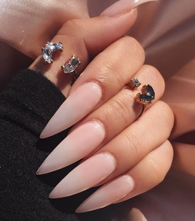 girly inspiration, claws inspo and perfect