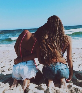 amigas , beach and best friends forever