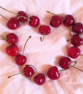 aesthetic, cherries and heart
