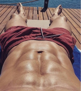 sun, Hot and abs