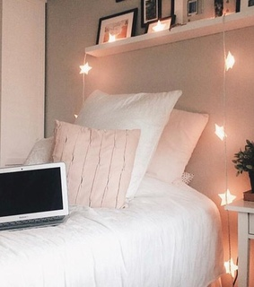 flat, cosy and bed