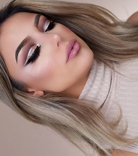 aesthetic, blond and eye makeup