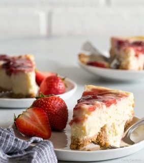 cheesecake, desserts and food