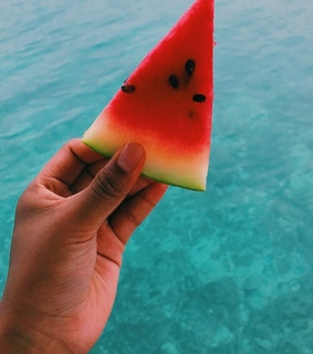 FRUiTS, adventure and beach